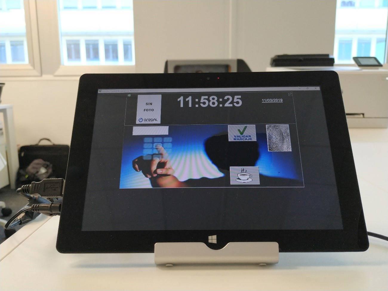 Pantalla fichar software horas control de horas